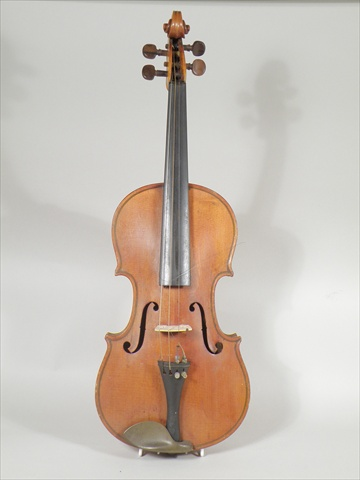 A VIOLIN having two-piece back with purfled edge, rosewood keys, the bridge marked Aubert a Miracourt, back measures 14.5, and another bridge, an un-named bow, in case