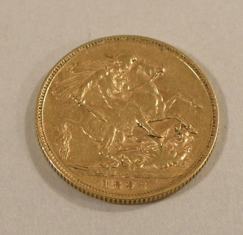 A QUEEN VICTORIA GOLD FULL SOVEREIGN 1893 old head, St. George reverse