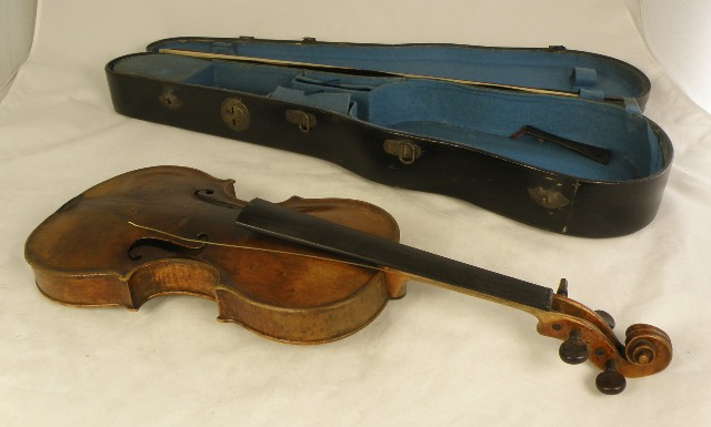 A LATE 19TH CENTURY POSSIBLY GERMAN FULL SIZE VIOLIN having purfled surround, burr walnut scroll, neck, ribs and 14 and 1/8 two piece back with ebonised button, rosewood pegs, with remains of gut strings, an un-marked bow, the black painted blue felt lined case housing a bridge stamped W.E. Hill and Sons