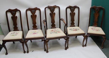A SET OF TEN GEORGIAN DESIGN MAHOGANY FIDDLE BACK DINING CHAIRS, having drop-in seats over scrolled knee cabriole forelegs, comprising eight singles and a pair of open arm carvers