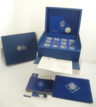 A ROYAL MINT COLLECTION THE QUEENS DIAMOND JUBILEE, comprising twenty four silver coins, a limited edition set of 15,000 in presentation case with certificates, each coin weight 28.28g designed by Ian Rank-Broadley FRBS and Thomas T Docherty together with one other silver collectors coin
