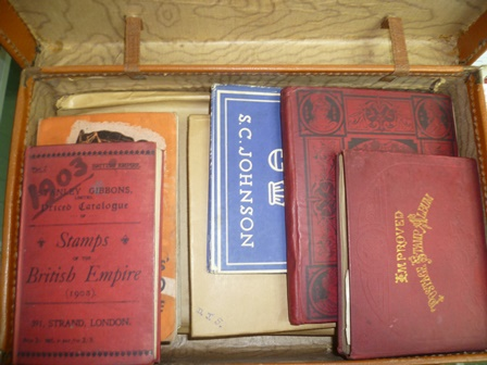 A QUANTITY OF WORLD STAMPS, loose and in albums, includes Penny Black, described as close margins but passable