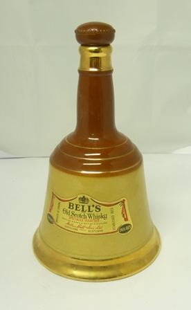 BELLS Old Scotch Whisky, 26.5fl ozs in Wade c