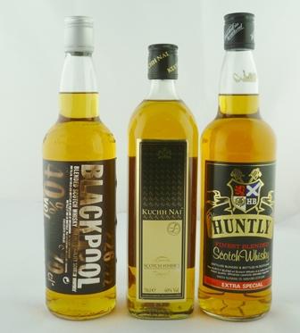 HUNTLY Finest Blended Scotch Whisky Extra Spe