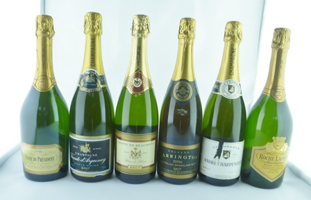 A SELECTION OF SIX CHAMPAGNES/SPARKLING WINES