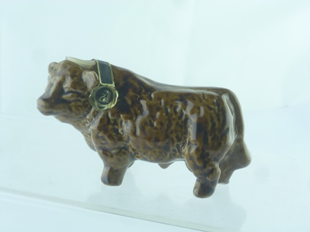 BULL with contents, 1 x Miniature Novelty bot
