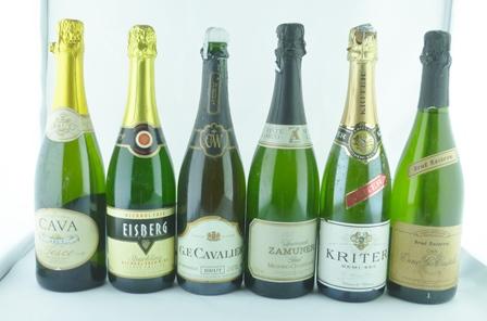 ELEVEN BOTTLES OF SPARKLING WINES; McGuigan B