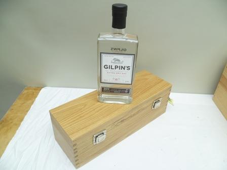 GILPINS WESTMORLAND LONDON DRY GIN 2011, a Li