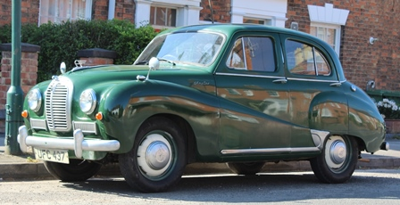 AUSTIN A40 SOMERSET, in green, first registered 30/7/1953, 1200cc petrol, manual, registration UFC 437, M.O.T. and tax exempt, recorded mileage 29,750 approximate (additional images on request)