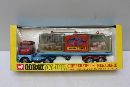 CORGI MAJOR DIE-CAST CHIPPERFIELD MENAGERIE with Scammell Handyman Tractor unit and trailer 1139 in OV display box