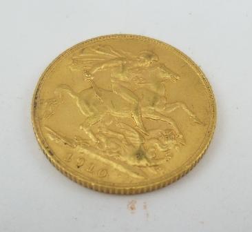 AN EDWARD VII 1910 SOVEREIGN