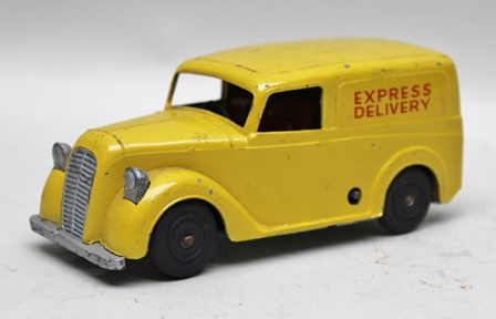 A METTOY DIE-CAST CLOCKWORK DRIVEN EXPRESS DELIVERY VAN