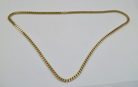 A 9CT GOLD HEAVY LINK NECK CHAIN, 74cm, 82g.