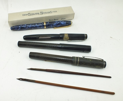 A CONWAY STEWART FOUNTAIN PEN, 85L in mottled blue, with original card box and paperwork, together with other FOUNTAIN PENS