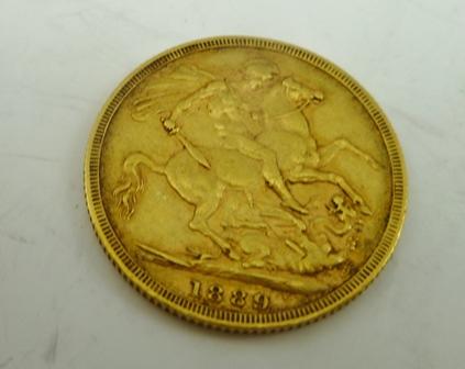 AN 1889 SOVEREIGN