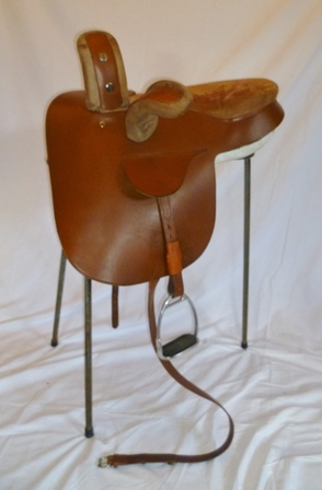 SEATTLE - ROGER PHILPOT DESIGNED CONTINENTAL PRINCESS SIDE SADDLE, cut back head 16.5 x 13.75 seat, replacement old panels fitted, but new panels stamped R.L. Philpot included, (repair to seat) medium wide to wide fit