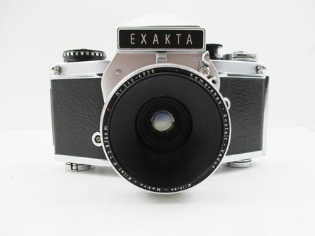 AN EXAKTA VX1000 CAMERA with Kamerabau Anstalt Vaduz Kilfitt Makro Kilar E 1:2.8/4cm lens no.246-4028