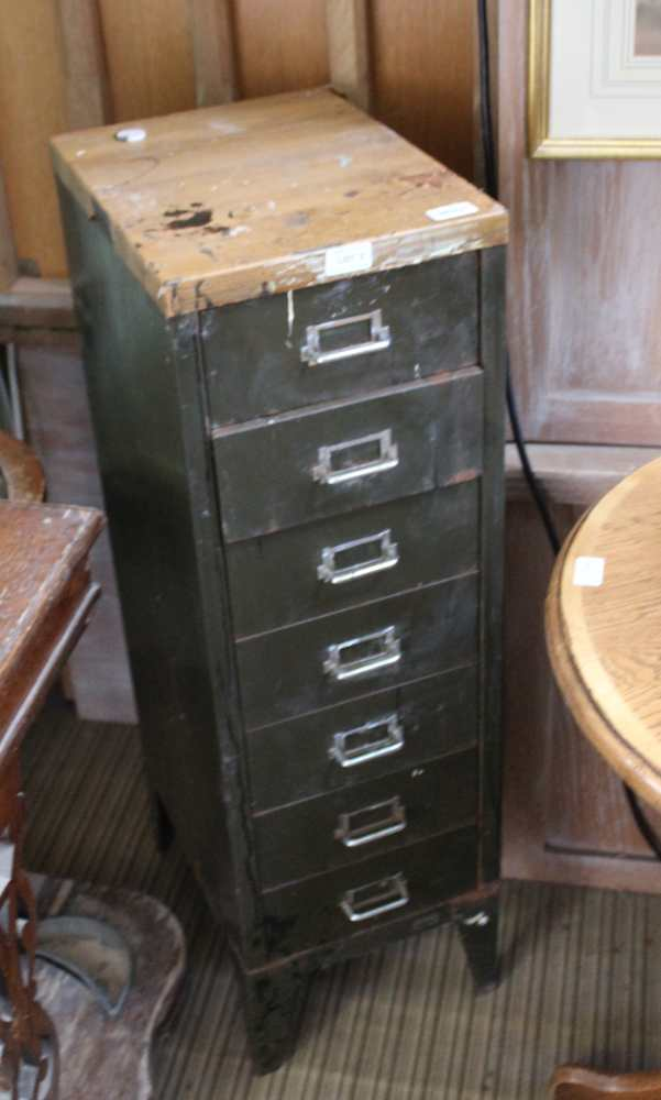 A MID-CENTURY INDUSTRIAL DESIGN SEVEN DRAWER