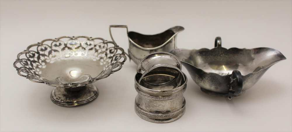 C.S. HARRIS AND SONS LTD. A SILVER JUG WITH H