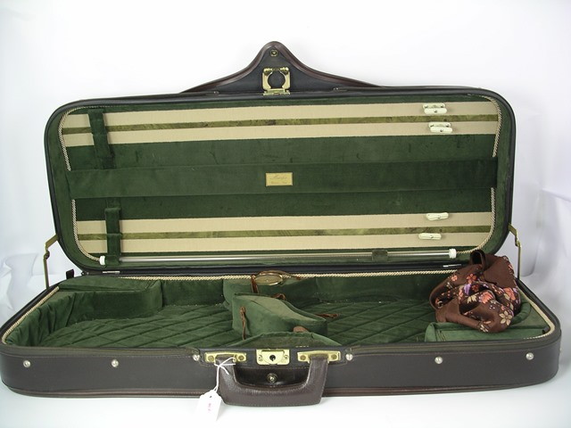 MUSAFIA, CREMONA, ITALY A DOUBLE VIOLIN CASE, bearing Musafia label, with brown vinyl finish